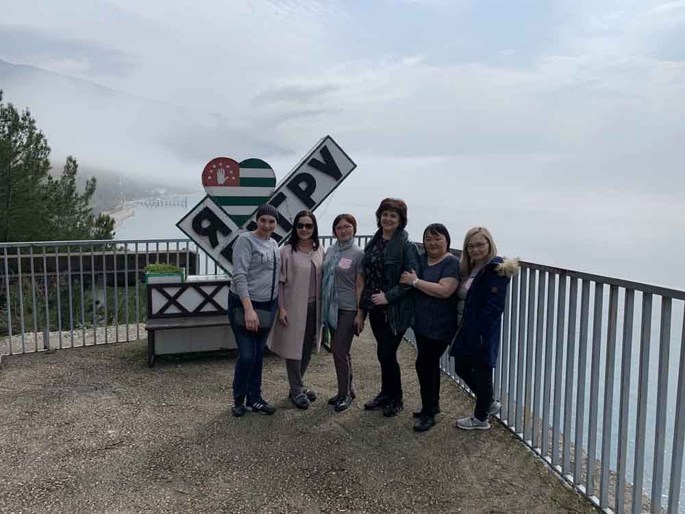 Экскурсия из Адлера в Абхазию на дачу Горбачева и Сталина 15 марта 2019.